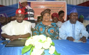 STAKEHOLDER 1- (L-R): Member, Lagos State House of Assembly, Hon. Adedamola Richard Kasunmu; Southwest Woman Leader, APC, Chief (Mrs) Kemi Nelson and Executive Secretary, Ikeja Local Government, Hon. Dally Adedokun during the Ikeja Constituency 2 Stakeholders Meeting held in Ikeja on Tuesday (10th November 2015).