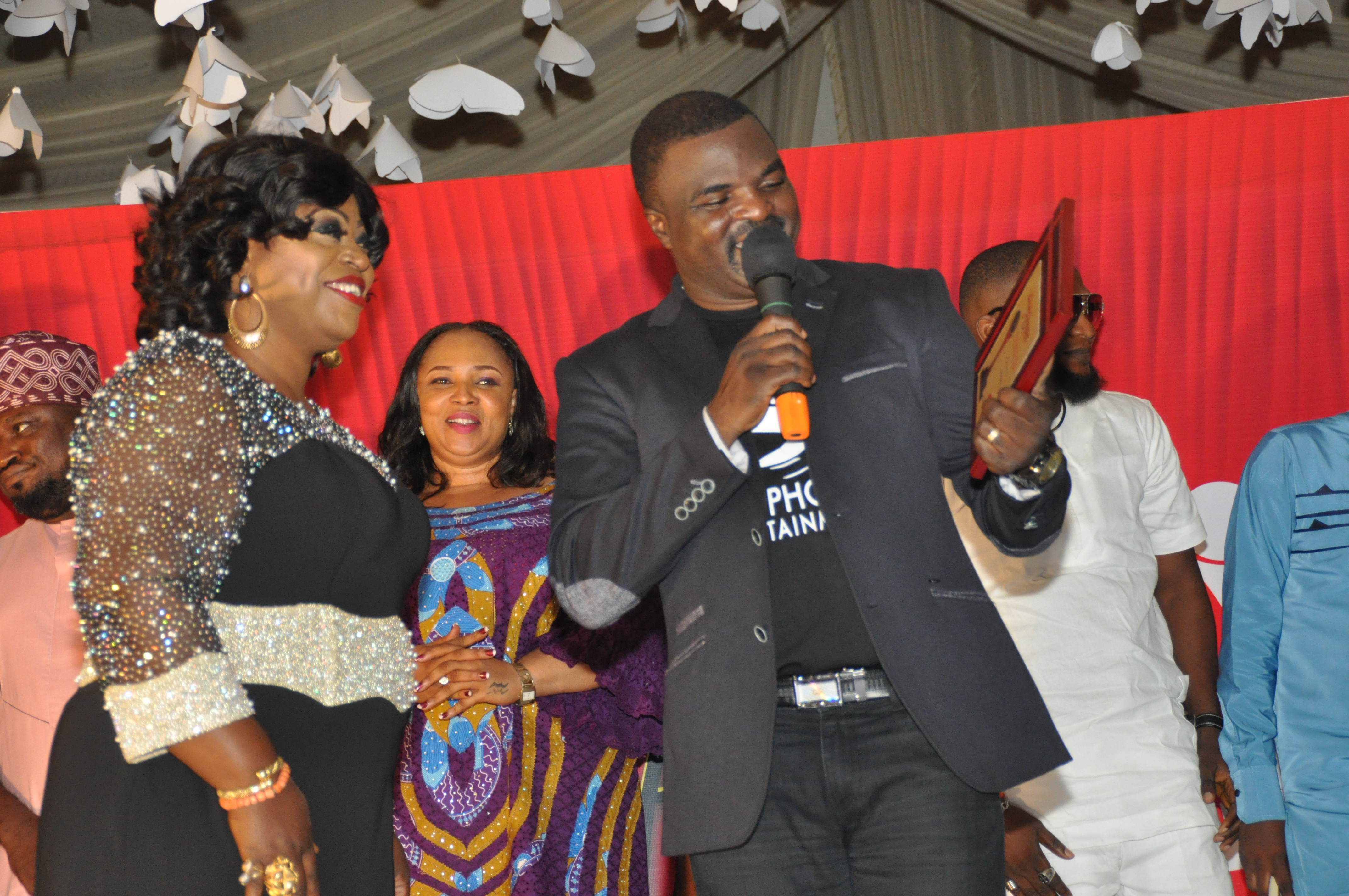 Garlands For Fuji Music Star, Obesere