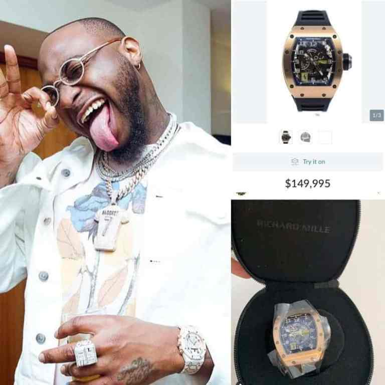 Davido with his expensive wristwatch.